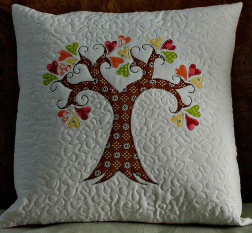 TreePillow1